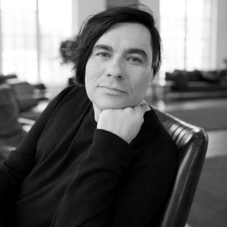 Максим Аншуков - попечитель благотворительного фонда Люди людям, музыкант
